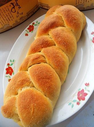 夹馅辫子面包的做法