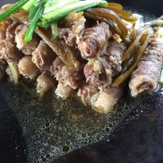 简妹厨房:墨椒金针菇肥牛卷