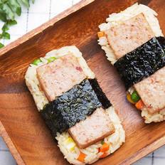 午餐肉苦荞米饭团