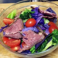 五香牛肉蔬菜色拉