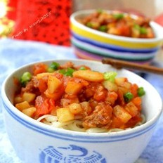番茄土豆肉酱拌面