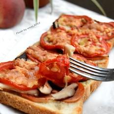 火腿肠蘑菇小披萨