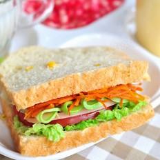 玉米蔬菜三明治