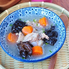 胡萝卜排骨汤