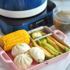 包子玉米水果套餐