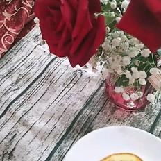 蜂蜜酸奶舒芙蕾松饼