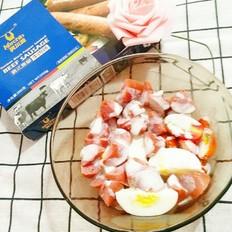 鸡蛋黑椒牛肉肠沙拉
