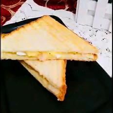 鸡蛋土豆泥三明治