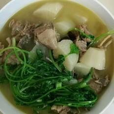 白萝卜炖羊排汤