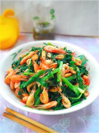 韭菜炒小河虾的做法