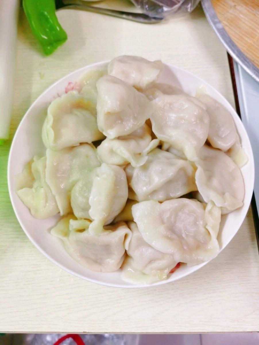 尖椒大头菜肉饺子