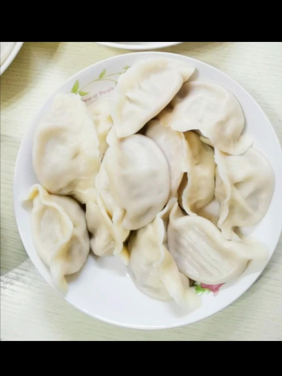 猪肉尖椒大头菜饺子