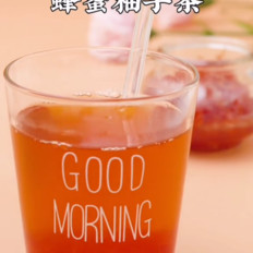 喝蜂蜜柚子茶
