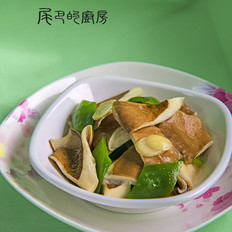 尖椒炒猪肚菇