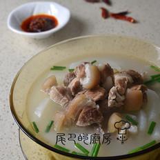 清炖萝卜肘子汤