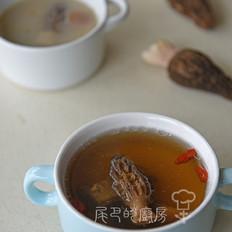 羊肚菌煲排骨汤