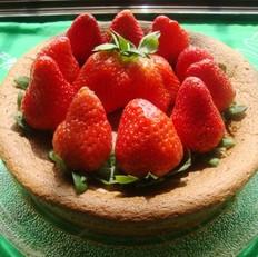 草莓水果生日蛋糕