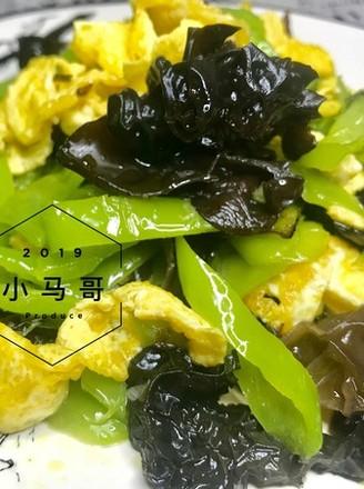 青椒木耳炒蛋#家常菜的做法
