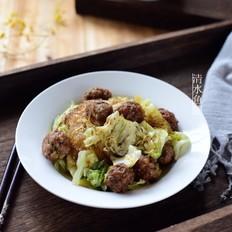猪肉丸子烩圆白菜
