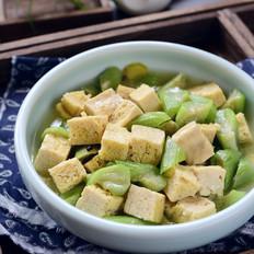 冻豆腐烩丝瓜