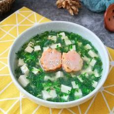 荠菜豆腐虾丸汤