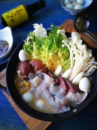 酸菜鲈鱼锅的做法