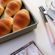 玉米粉椰蓉面包卷