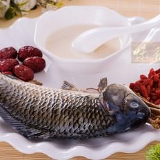 砂锅鲫鱼炖豆腐汤