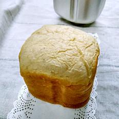 简单的松软香蕉味面包