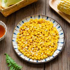 香脆可口的黄金玉米烙