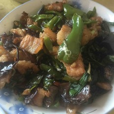 辣椒炒五花肉
