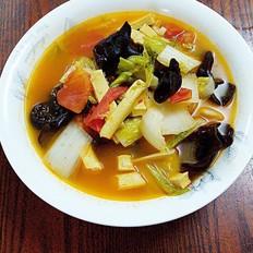 红酸汤煮杂蔬