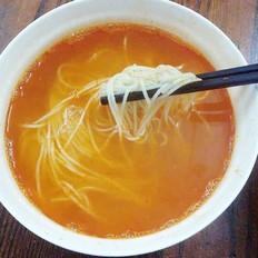 红酸汤煮挂面