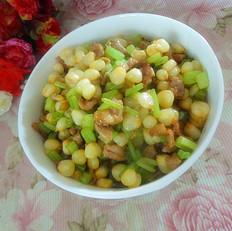 芹菜玉米粒炒肉丁