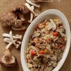 奶油蘑菇焖饭