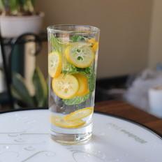 金桔薄荷水