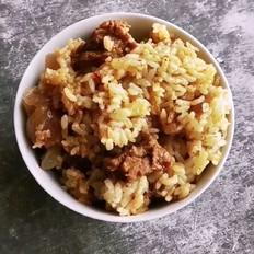 牛肉洋葱土豆焖饭