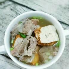 排骨豆腐汤