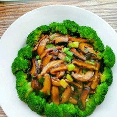西兰花香菇