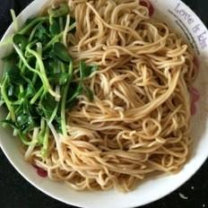 豆芽菜拌面条