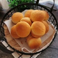 椰蓉牛奶小面包