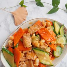胡萝卜黄瓜肉片