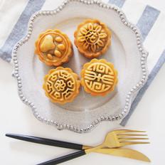 广式咸蛋黄豆沙月饼