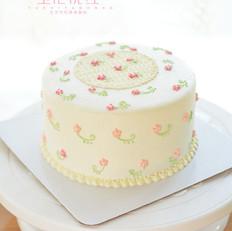 小碎花奶油蛋糕