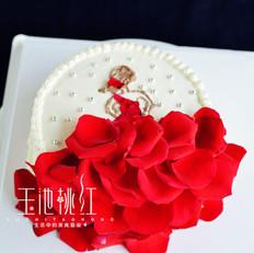 玫瑰花裙奶油蛋糕