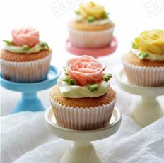 玫瑰花儿小蛋糕的做法