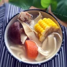 玉米排骨营养汤