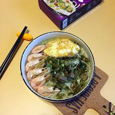 海鲜酸菜牛肉米粉