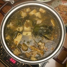 酸菜鱼豆腐火锅