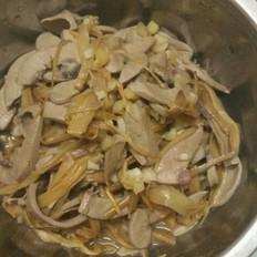 黄花菜炒猪腰子